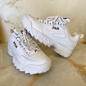 NEW - FILA Disruptor Sneakers